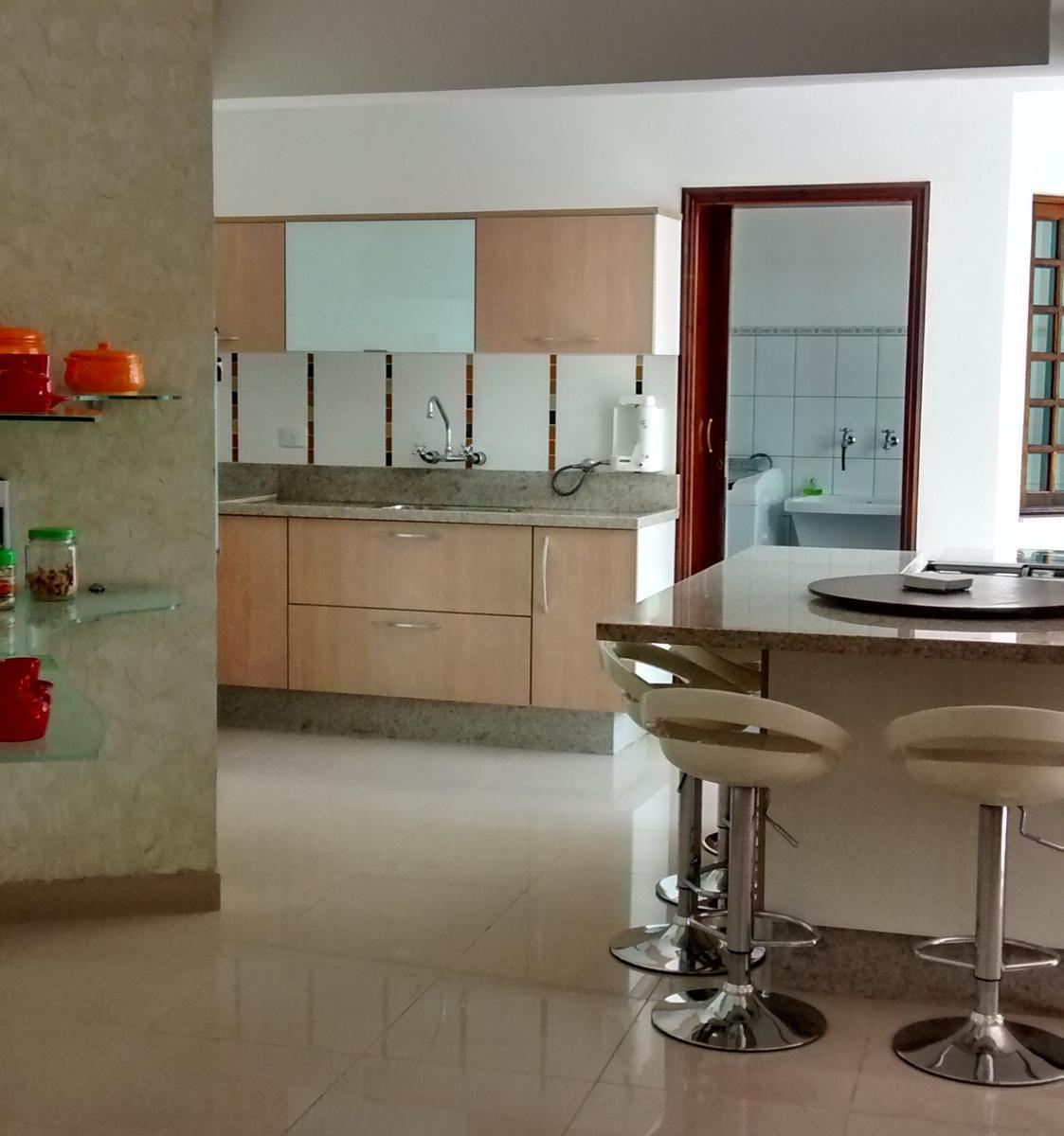 Próximo Golden Square Shopping. 3 dormitórios, closet, espaço Gourmet, 2 vagas