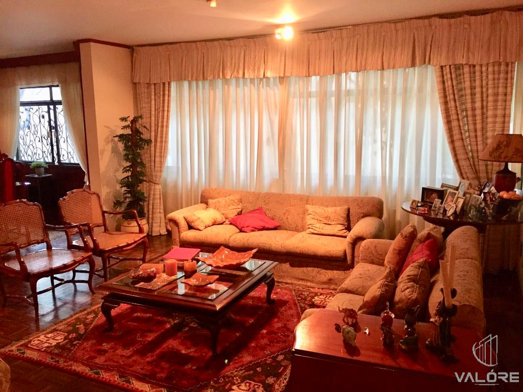Apartamento de 4 quartos com 1 suíte master na SQS 213 - Asa Sul/DF