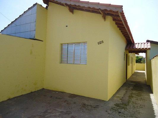 Casa à venda - em Agenor de Campos