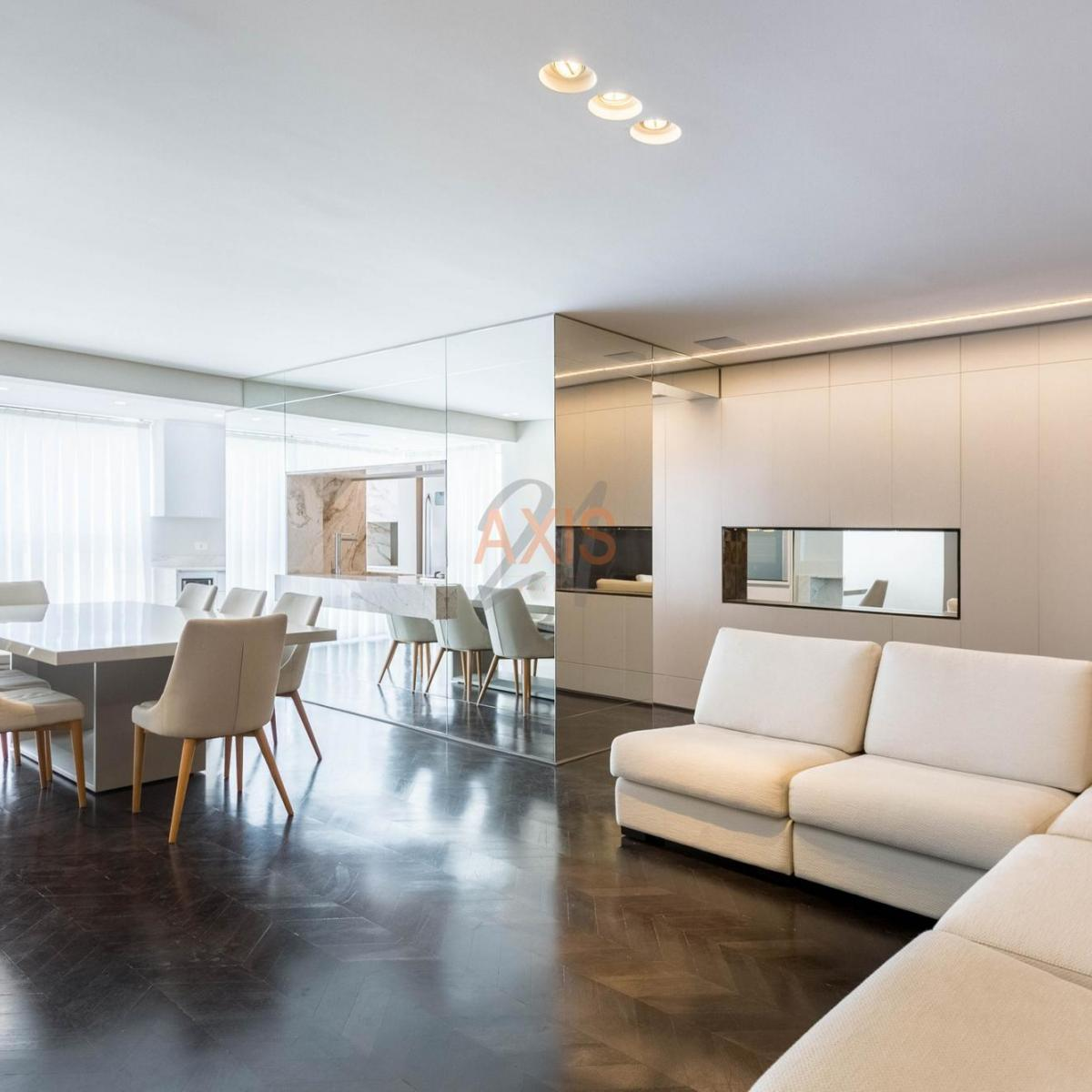 http://www.infocenterhost2.com.br/crm/fotosimovel/391648/100725931-apartamento-curitiba-agua-verde_marcadagua.jpg