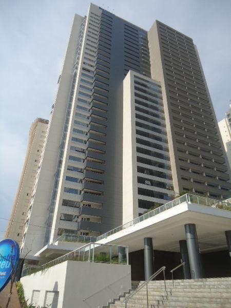 Comercial no ED. BROOKFIELD TOWERS - Jardim Goiás