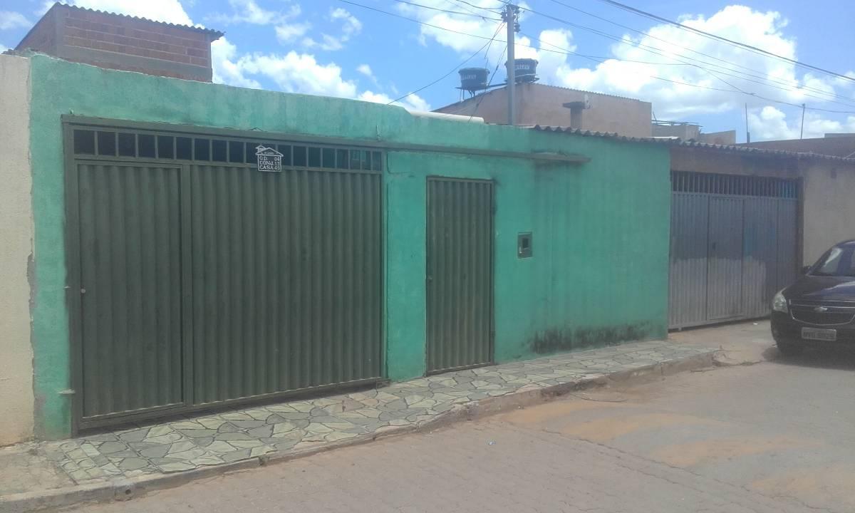 Casa com 3 Quartos e Suíte pra Renda - Ao Lado da Cidade do Automóvel