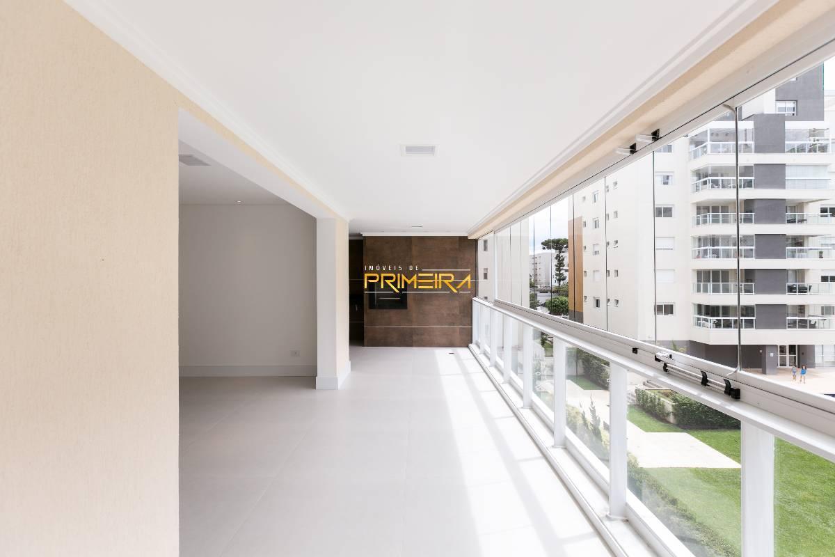 Apartamento de 4 quartos, Curitiba