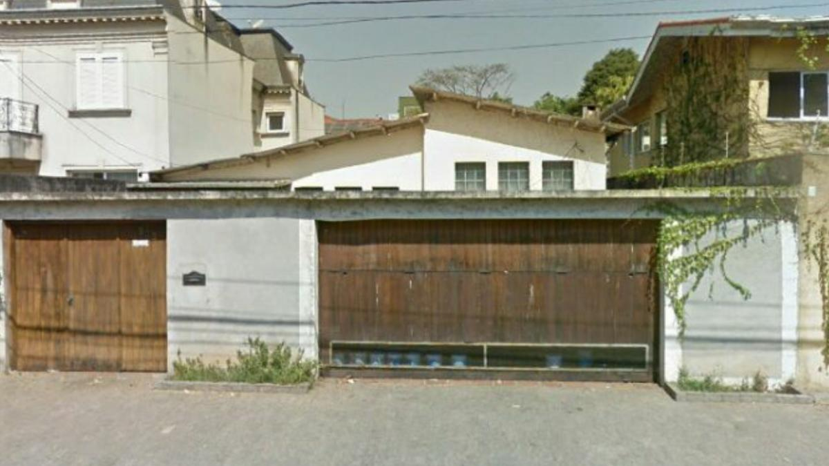 Imóvel em frente ao portão  06 do Parque do Ibirapuera