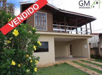 CONDOMINIO VIVENDAS FRIBURGO / ESCRITURADA / 5 QUARTOS COM 3 SUITES