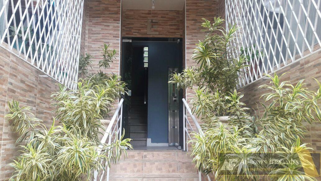 Pechincha - excelente apartamento térreo em condomínio com portaria 24h.