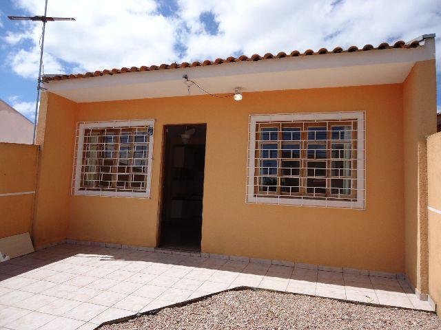 Excelente casa com 70 m² área construída  em São José dos Pinhais.