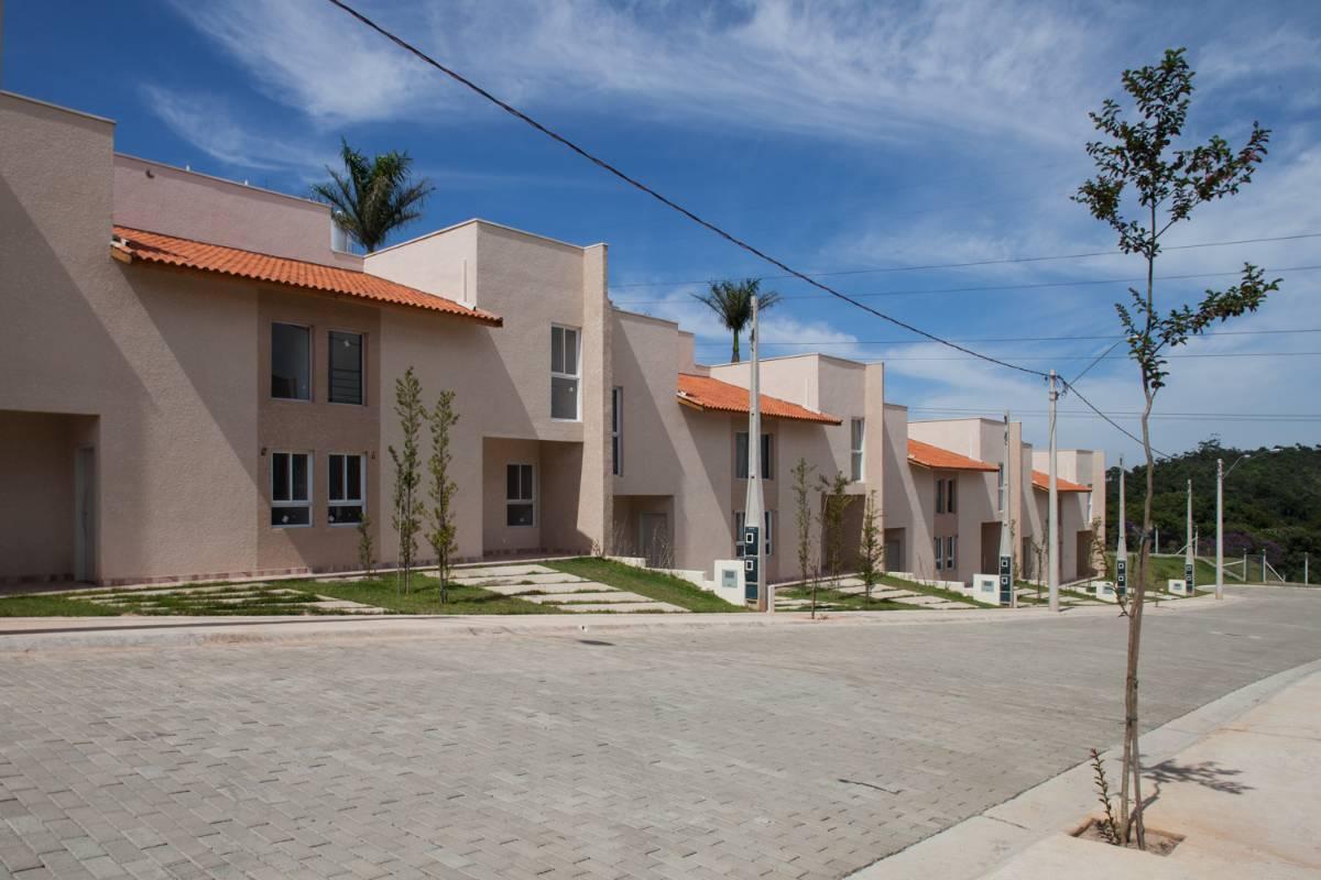 Casas Prontas Em Condomínio 2 Dormes km 68 - Mairinque [ use seu FGTS ]
