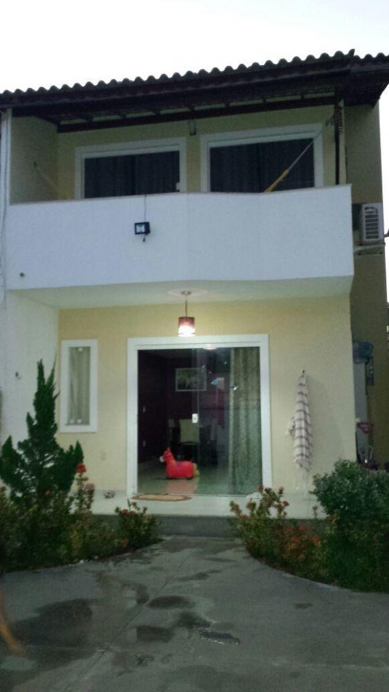 Vendo Linda Casa 3 quartos,  em  Arembepe R$ 190.000,00 Condomínio!