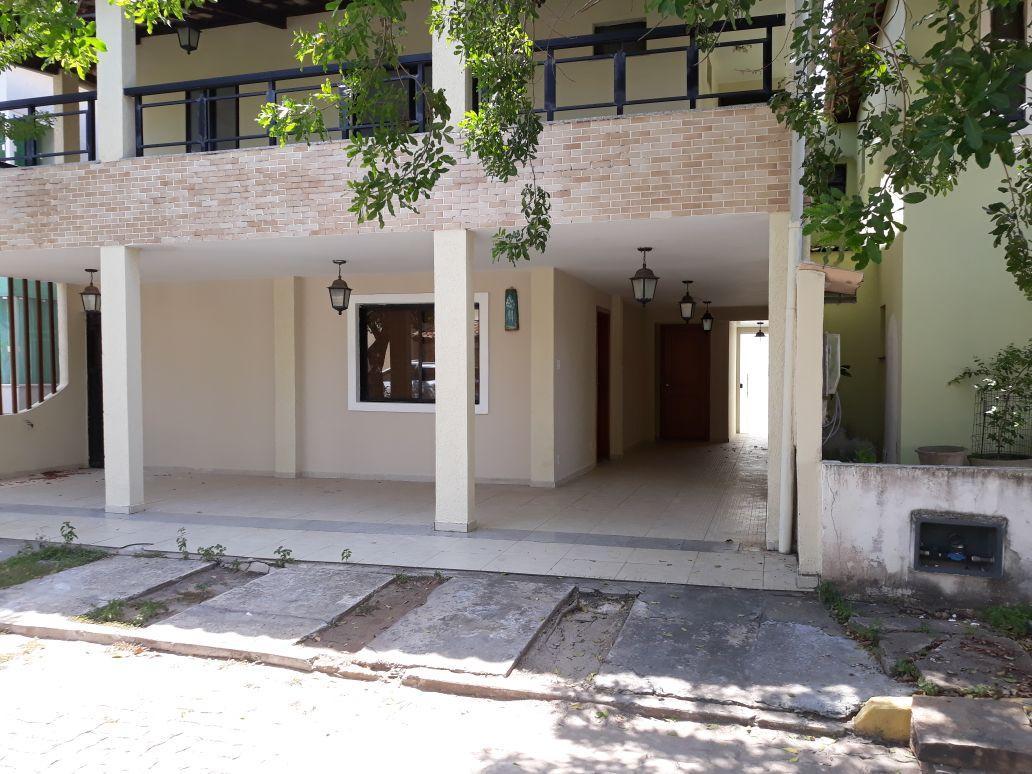 Stela Mares, Casa venda 4 suites infra estrutura excelente localização.
