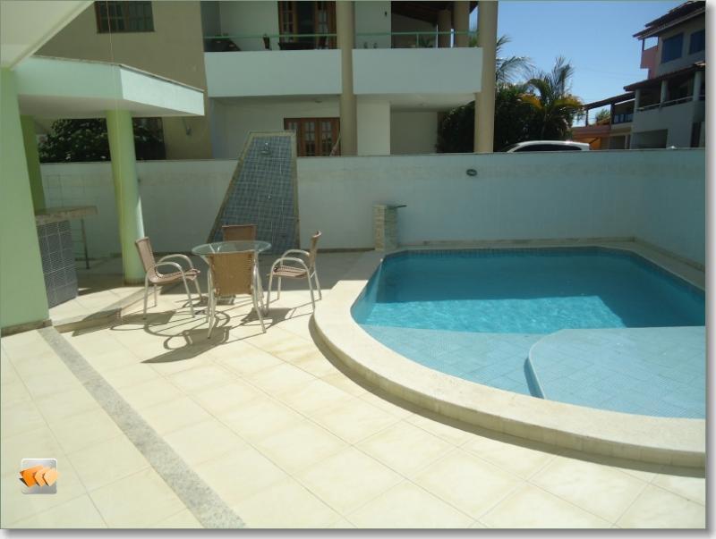 Casa 5/4 3 suítes a master com 130 m2 3 vagas piscina condomínio