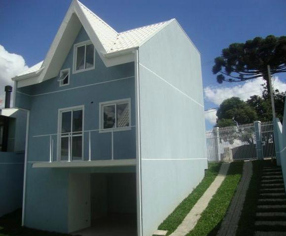 OPORTUNIDADE! Sobrado em Condomínio no Santa Cândida R$ 250 mil
