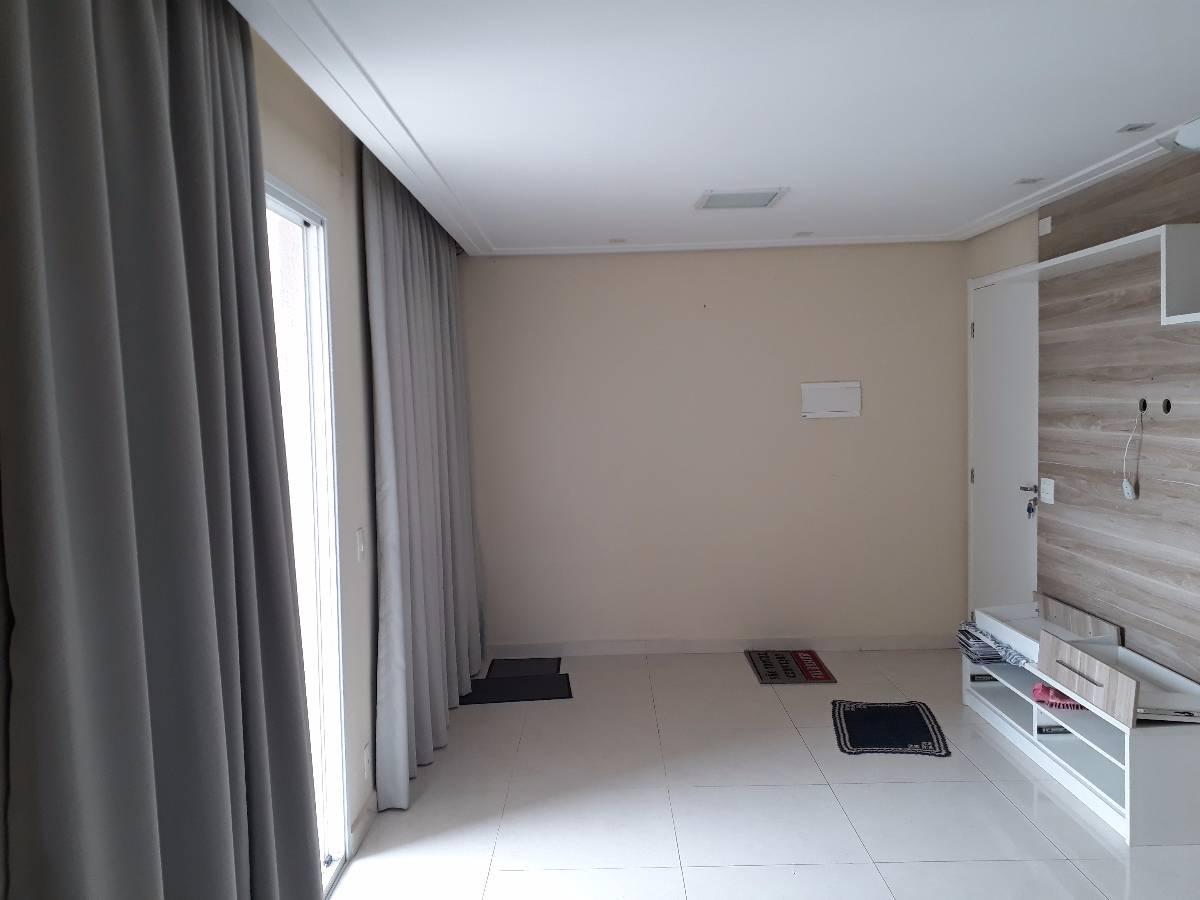 Alugo ou vendo  Apartamento 2 dormitórios com sala Ampliada