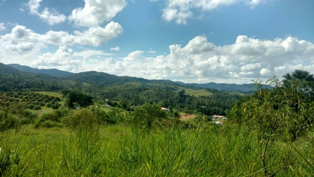 Terreno de 5.500 m2 em Santa Isabel - OPORTUNIDADE