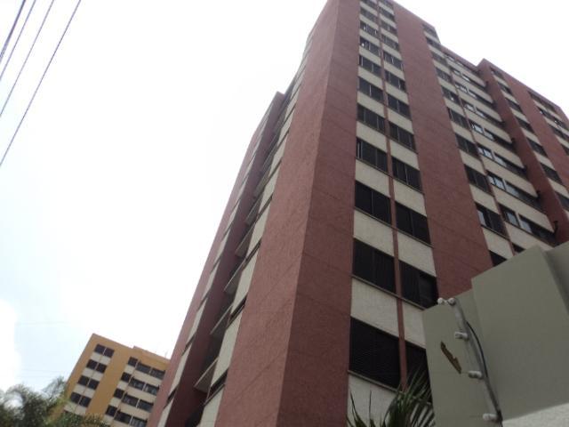 Oportunidade na Vila Campestre - Apto 03 dormitórios sendo 01 suíte - Venda