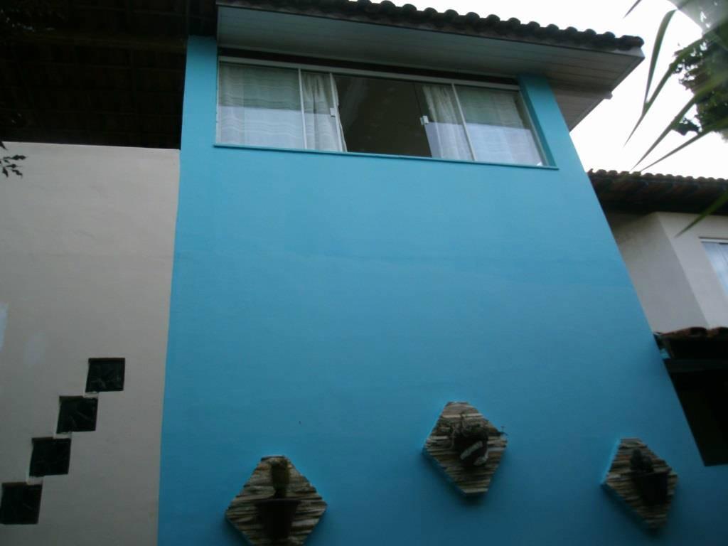Casa Duplex em condomínio - 2 quartos - 2 banheiros - Parque Burle - Cabo Frio