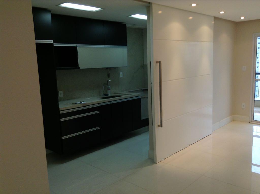Apartamento de 2 dormitórios com 2 vagas no Morumbi