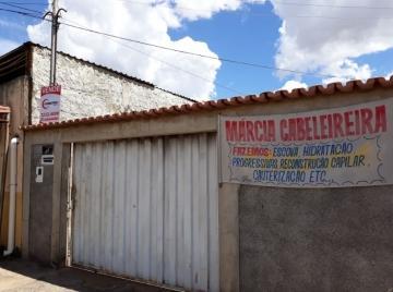 Casa, Setor Jardim Guanabara  ( 3 Quartos, 2 Banheiros )