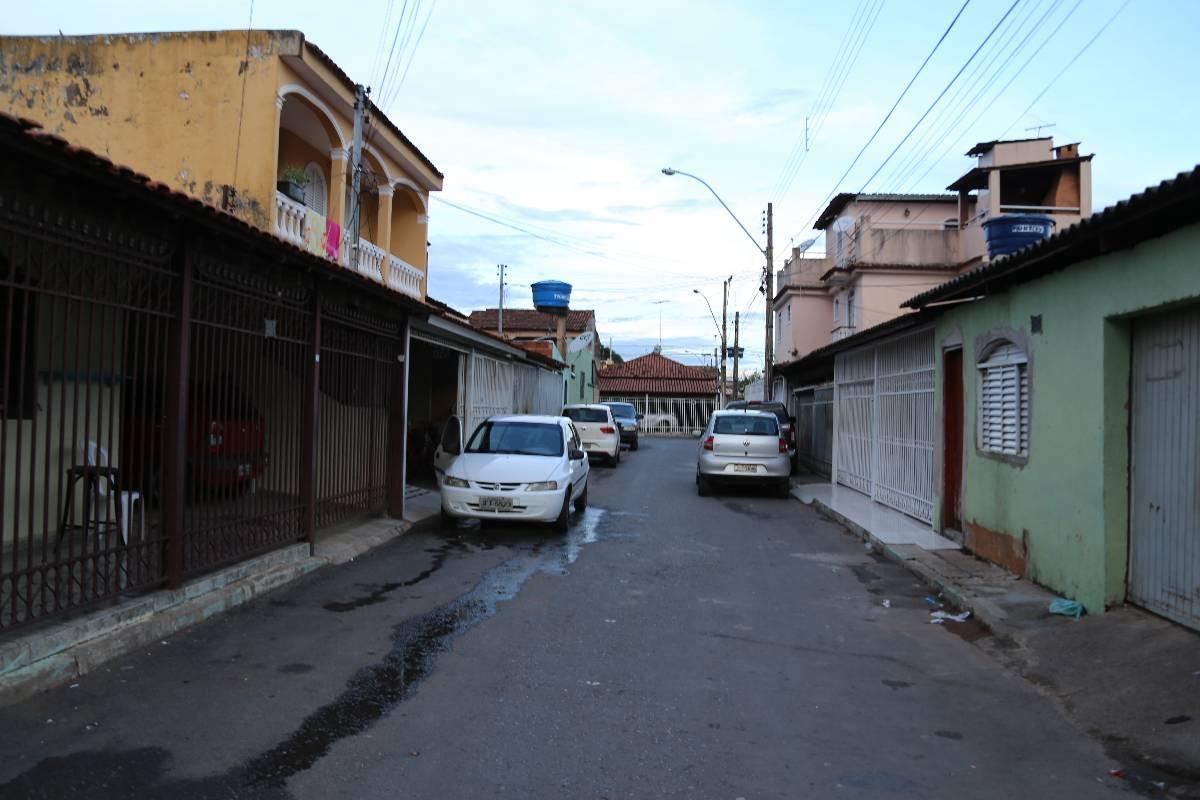 001 - Rua.