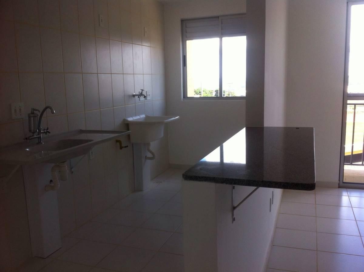 Apartamento de 02 quartos com Vaga de Garagem - Res. Portal do Cerrado - QNO 12