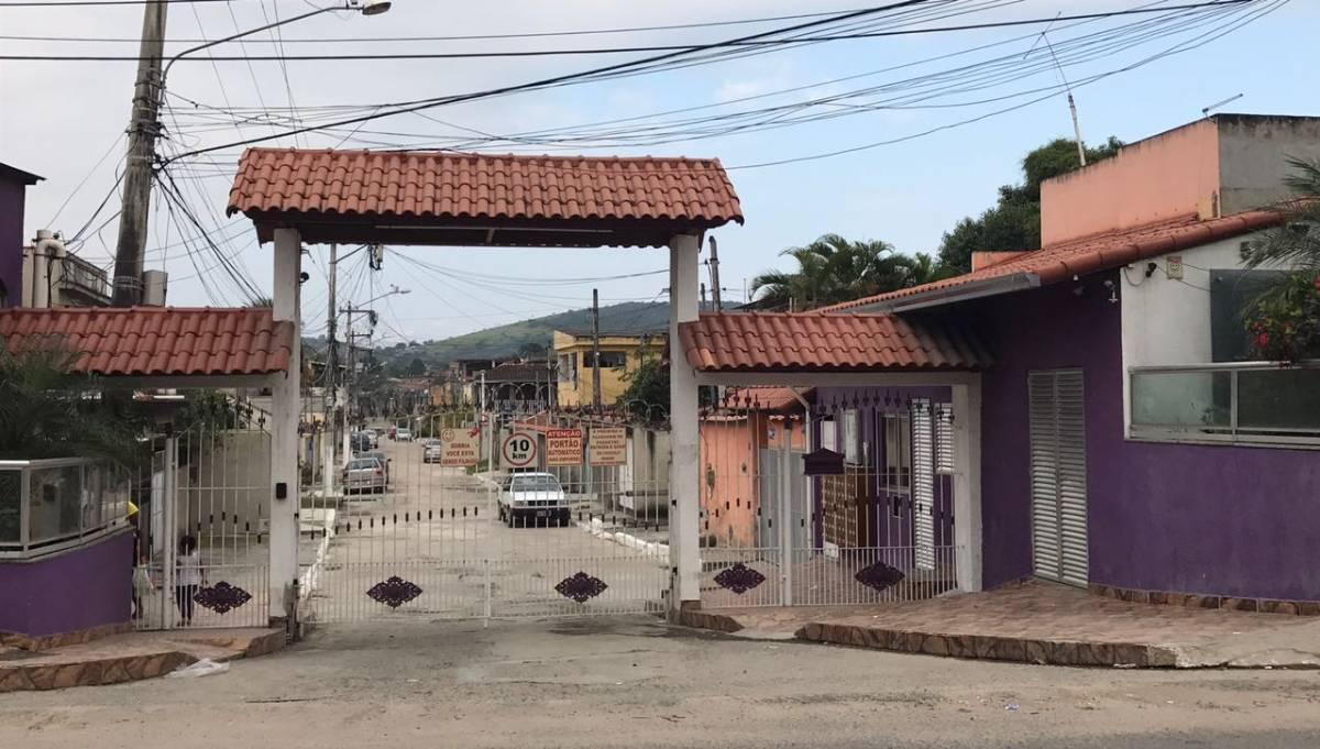 140 MIL - Excelente Casa de Condomínio em Vista Alegre - São Gonçalo -RJ