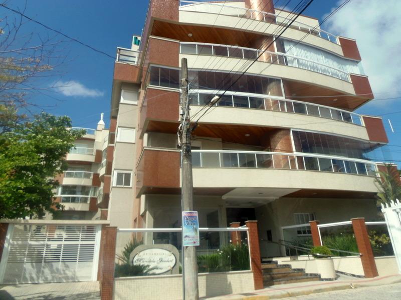 Apartamento à venda - em Bombas
