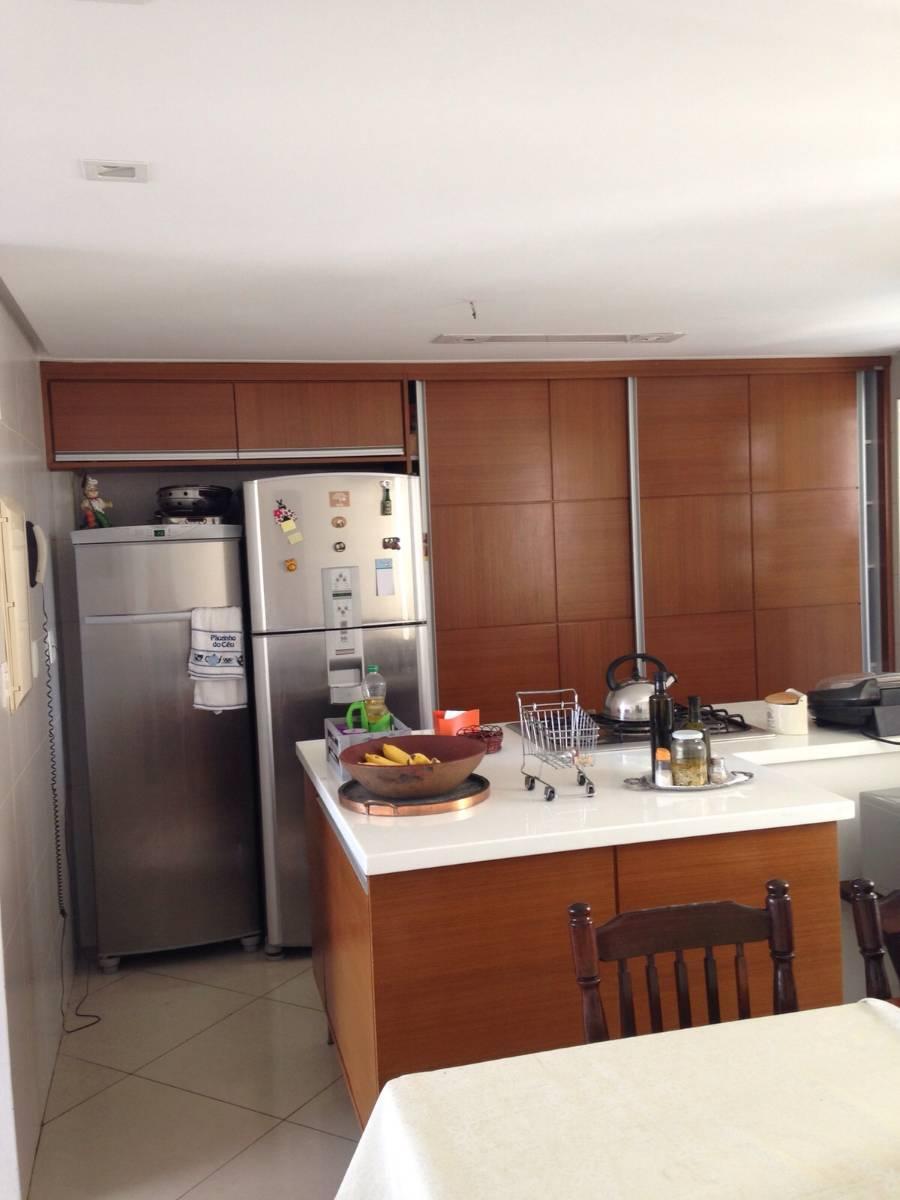 Apartamento · 126m2 · 3 Quartos · 3 Vagas