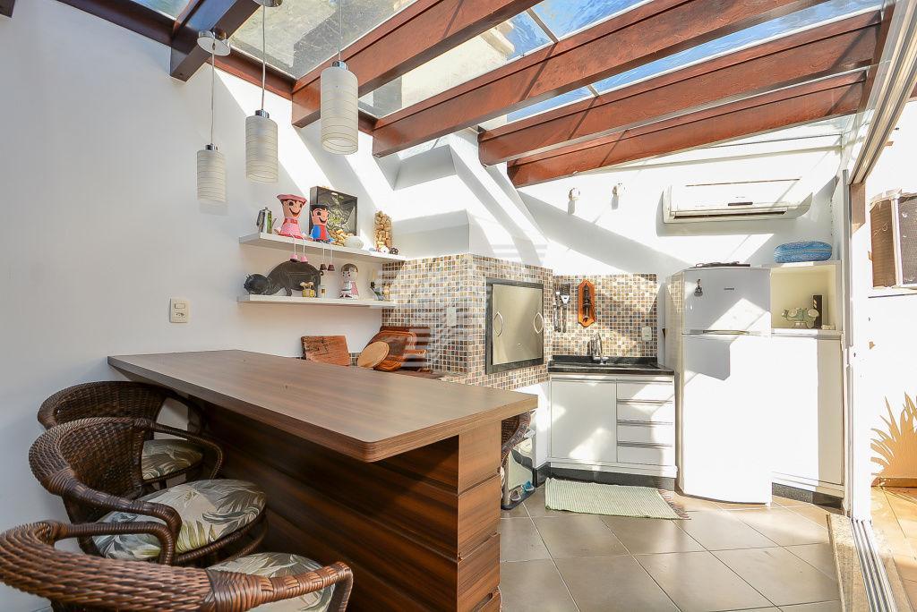 Sobrado em Condomínio - Pilarzinho - 4 quartos  - 6 vagas