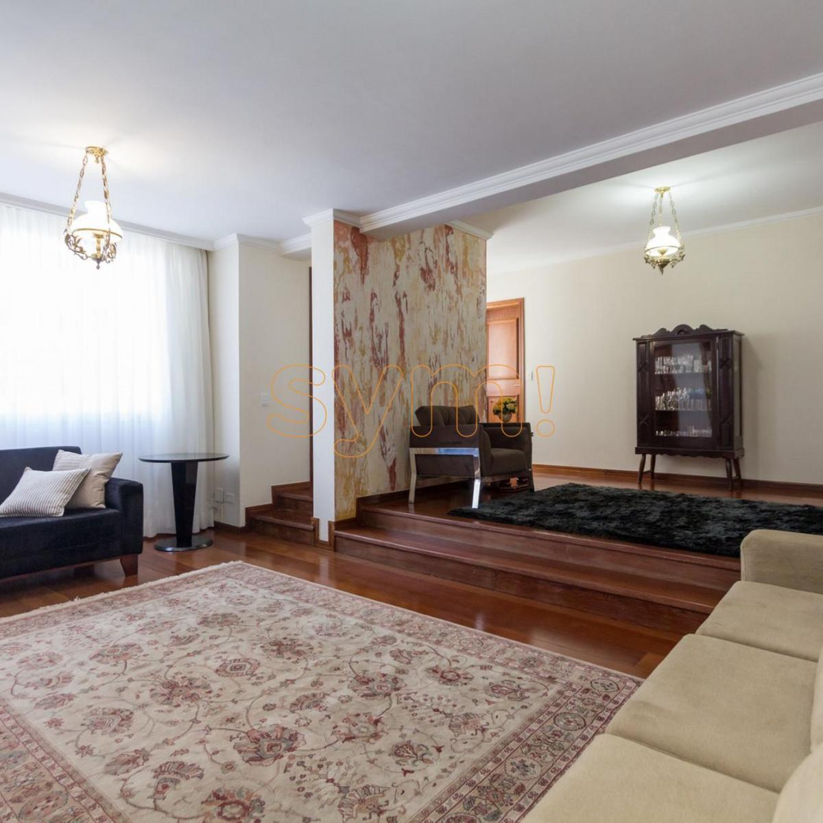http://www.infocenterhost2.com.br/crm/fotosimovel/541476/114160624-apartamento-curitiba-cabral.jpg