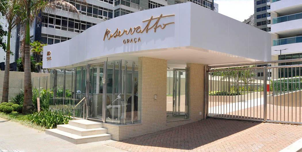 Riservatto Graça Apartamento Alto Padrão com 4 suítes e 4 vagas de garagem.