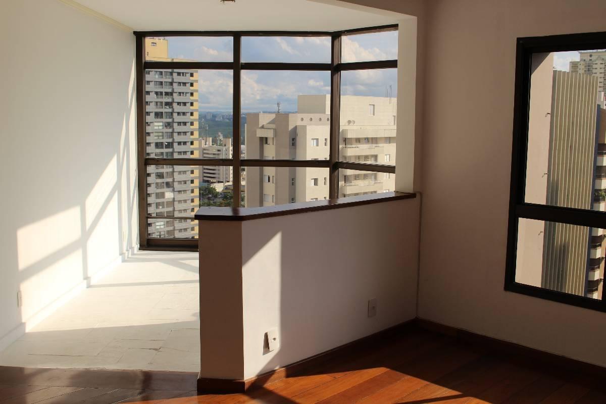 Belo Apartamento em Alphaville