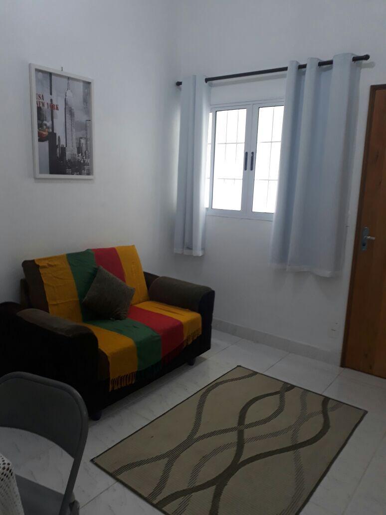 Alugo Casa 04 Cômodos - Jd. Casa Blanca - R$ 1.350,00