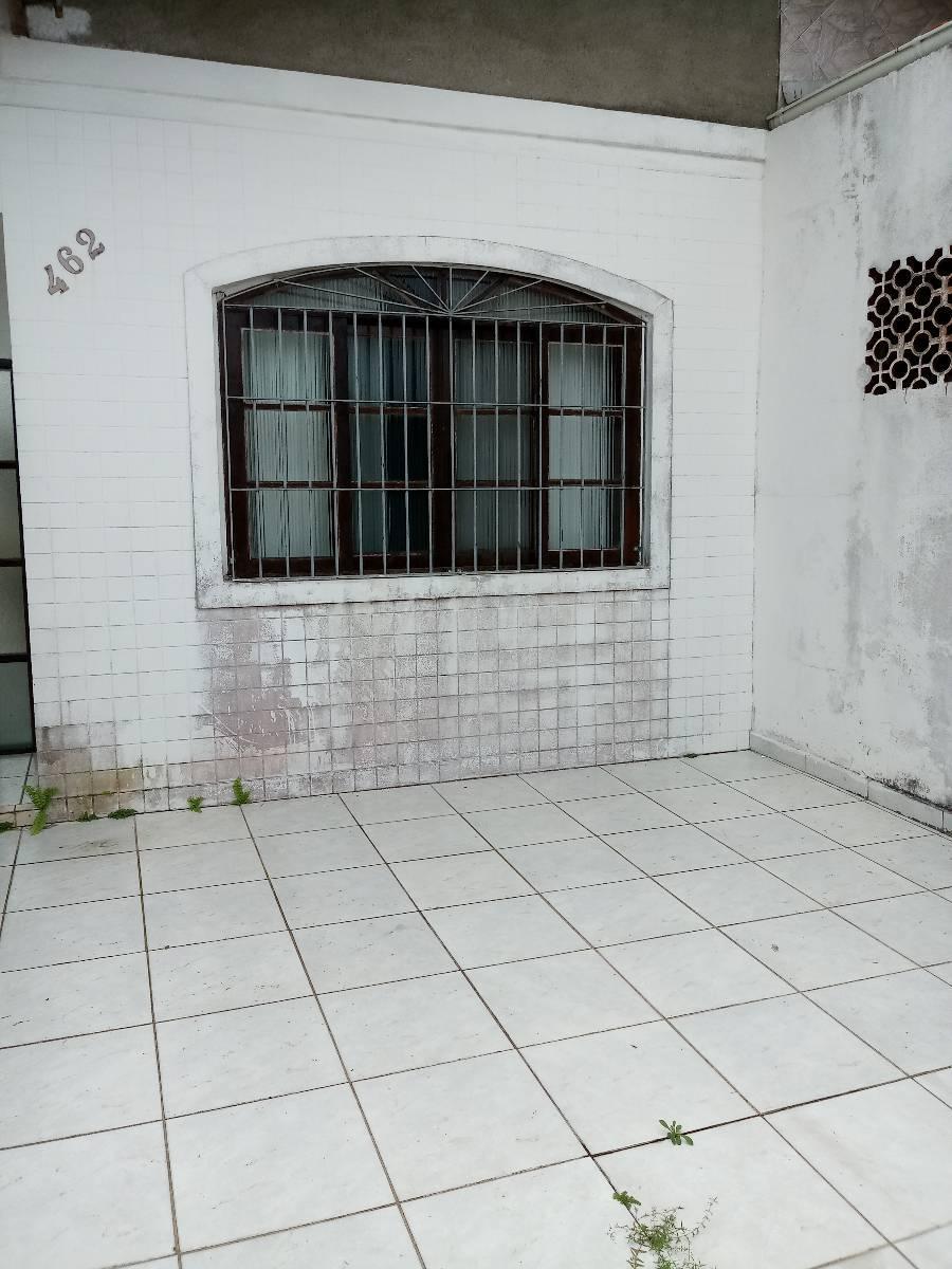 Casa de dois dorm lado praia no Maracanã com suite mobiliada