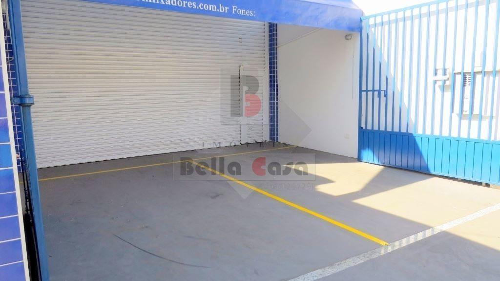 EXCELENTE SALÃO COMERCIAL NOVO 220M²
