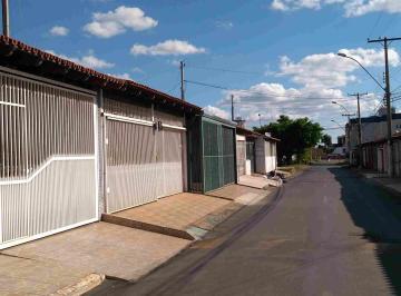 Casa · 250m² · 2 Quartos · 3 Vagas