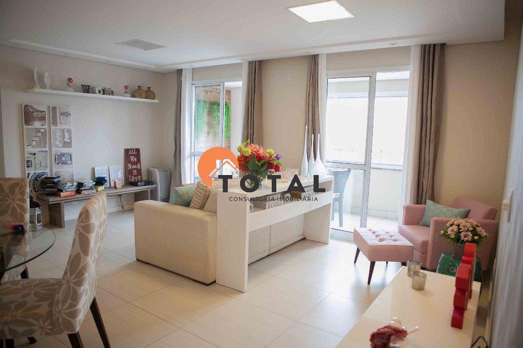 Apartamento Mobiliado com 3 dormitórios sendo 1 suíte e 1 vaga. Campestre - Santo André