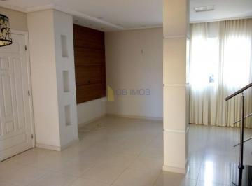 Casa · 102m² · 3 Quartos · 2 Vagas