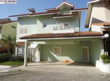 Casa · 380m² · 5 Quartos · 3 Vagas