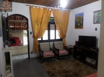 Casa · 166m² · 3 Vagas