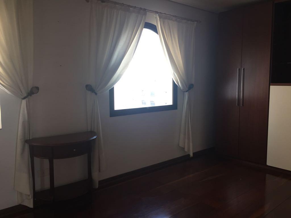 Imóvel residencial com 4 quartos, 300m² à Venda por R$3800000. - Jardim Paulista, São Paulo.