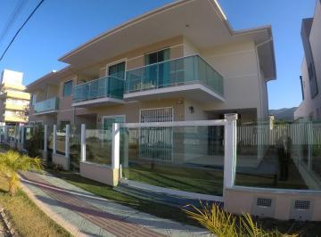 Casa Ampla com 3 dormitórios á 300 metros do mar, na Praia de Palmas! c2b20cf903