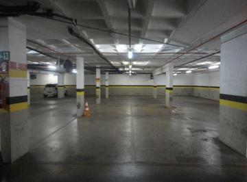 Garagem 12 m2..