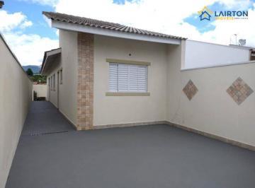 Ótima Casa à Venda em Atibaia