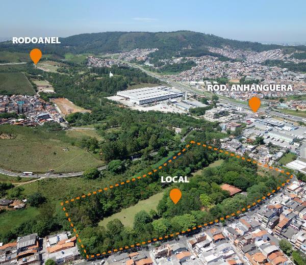 Gleba de 41.729 m² Ideal para Pátio de Estocagem Caminhões