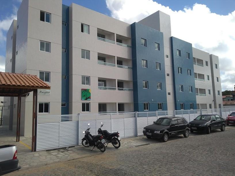 Apartamento no Cuiá com área de lazer