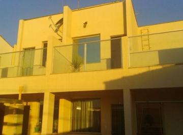Casa · 56m² · 2 Quartos · 1 Vaga