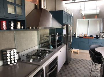 Área gourmet com ar-condicionado quente/frio