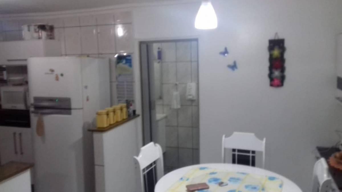 Sobrado c/ garagem - Pq Sto Antônio