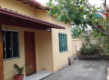 Casa com 2 dormitórios à venda, 75 m² por R$ 195.000