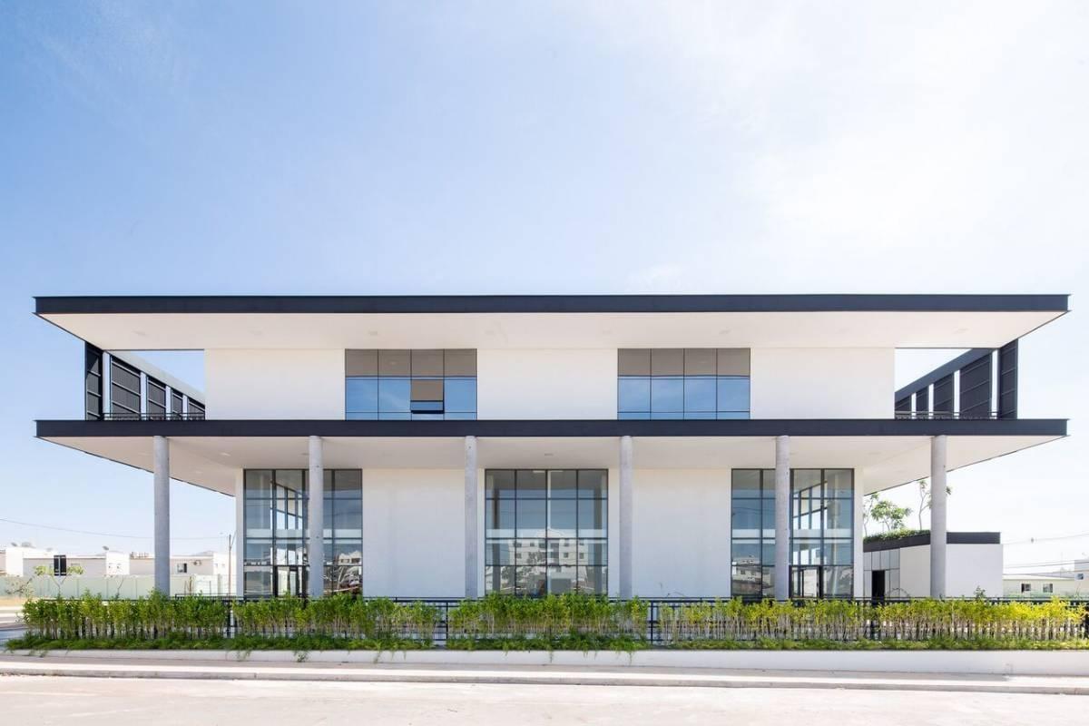 Jardins Mangueiral Incrível 150 m2 +  pé direito duplo prédio alto padrão